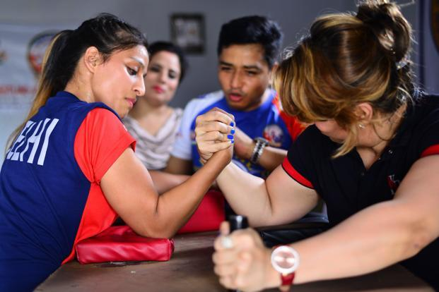 Arm Wrestling Activity